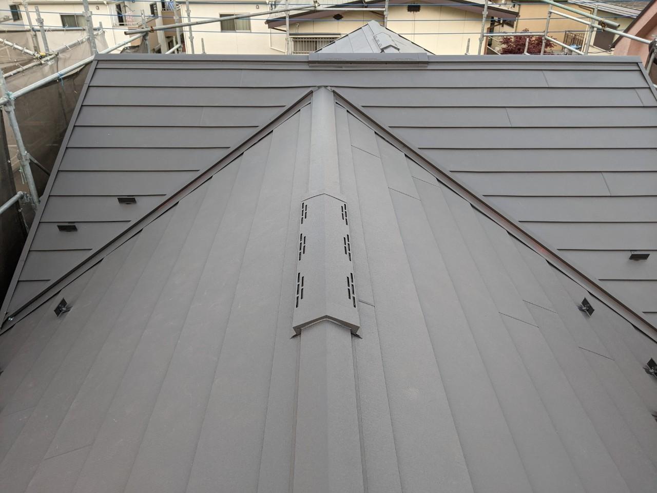 入間市 屋根工事 屋根葺き替え外張り断熱工法 K様邸 スーパーガルテクトシェイドチャコール